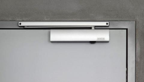Фото доводчика двери GEZE TS-5000