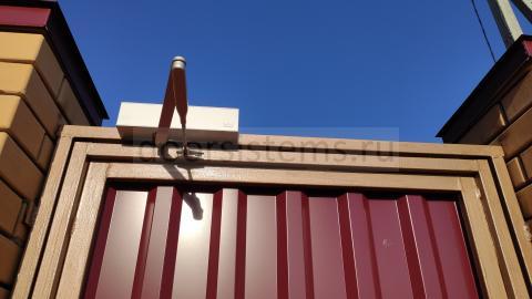 dormakaba TS83 - пример установки на калитке частного дома